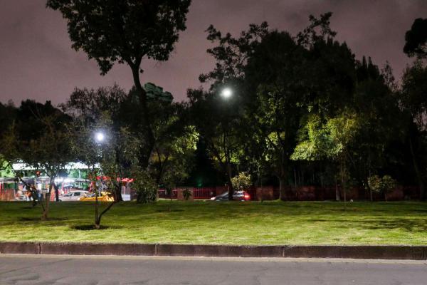 Nuevo alumbrado público en zonas universitarias