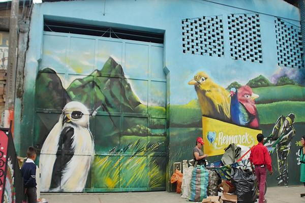 Arte + Reciclaje + Medio Ambiente = La fórmula de la asociación que recupera materiales aprovechables en kennedy