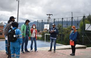 """""""Asómate a la Ventana"""" llegó al barrio Paticos, de Mochuelo Bajo"""