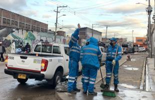 La UAESP mantiene jornadas de limpieza y desinfección en la localidad de Kennedy